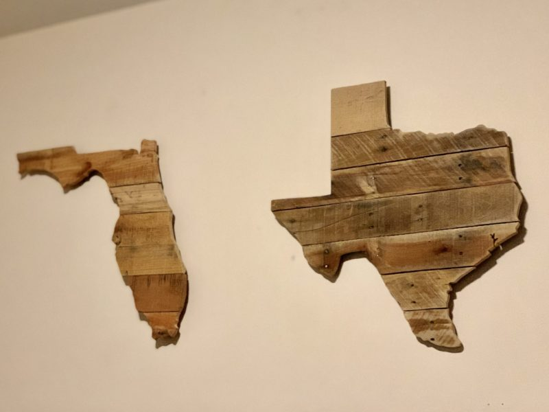 State Wooden Wall art on candypo.com